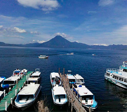 Boat-ride-tour-tour-en-bote-lake-atitlan-lago-de-atitlan-panajachel-around-antigua-guatemala