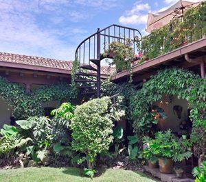 Best-Hotels-in-Antigua-Guatemala-booking-accommodation-Hospedaje-en-Antigua-Guatemala-mejores-hoteles-Around-Antigua-Guatemala-la-catedral-hotel-antigua-guatemala