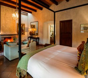 Best-Hotels-in-Antigua-Guatemala-booking-accommodation-Hospedaje-en-Antigua-Guatemala-mejores-hoteles-Around-Antigua-Guatemala-san-rafael-hotel-antigua-guatemala