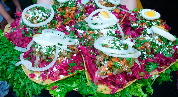 El-Sabor-de-mi-Guatemala-Antigua-Guatemala-comida-tipica-guatemalteca-comida-nacional-de-guatemala-Around-Antigua-Guatemala-enchiladas-v5