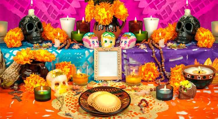 celebracion-del-dia-de-los-muertos-en-guatemala-primero-de-noviembre-guatemala-tradiciones-muy-vivas-muertos-antigua-guatemala-Around-Antigua-Guatemala-santas-calaveras
